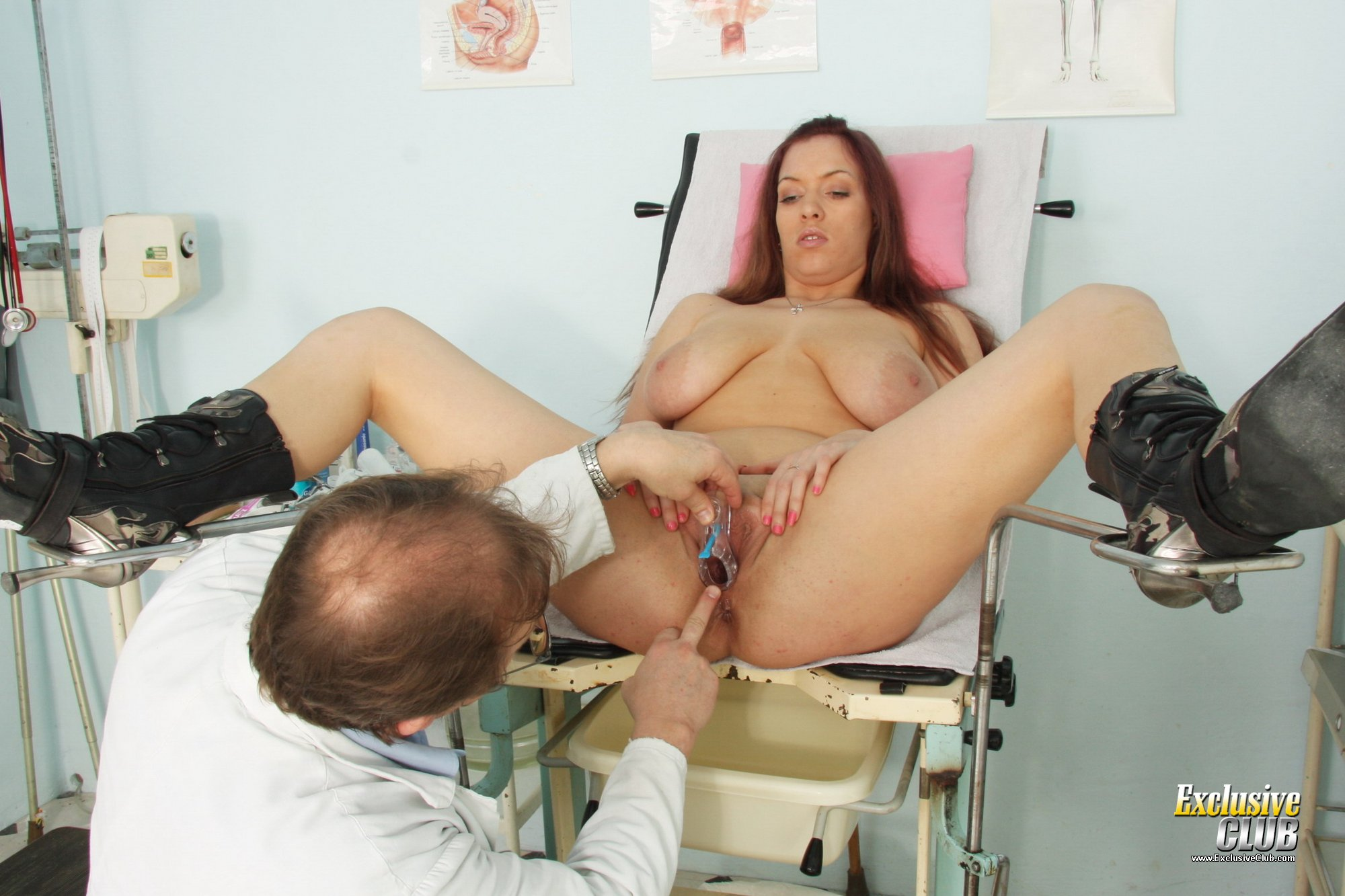 Brunette pavlina vagina exam by old doctor at clinic 2