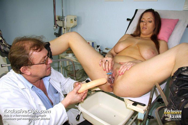На кресле у гинеколога порно