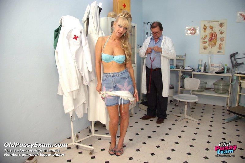 http://www.newexclusiveclub.com/fhg/anezka_old_pussy_gyno/gal1/002.jpg