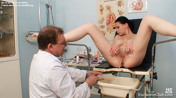 порно видео у гинеколога с молочницей