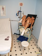 Jessica Fetish Gyno Doctor Speculum Examination On Gynochair - Picture 15