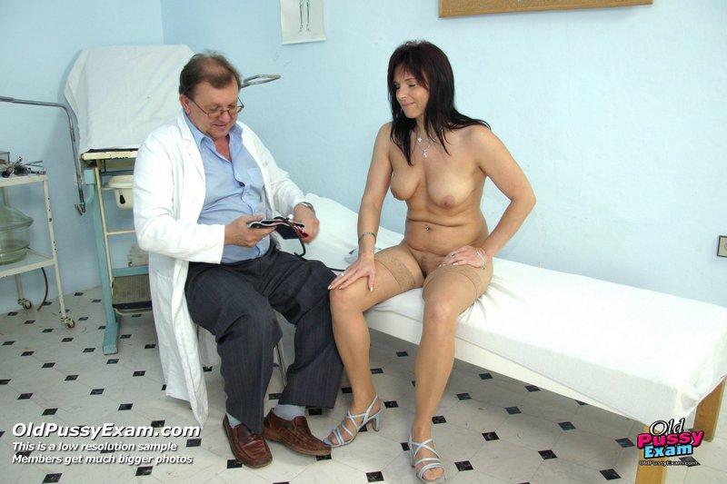 Порно жен медосмотр фото 328-251