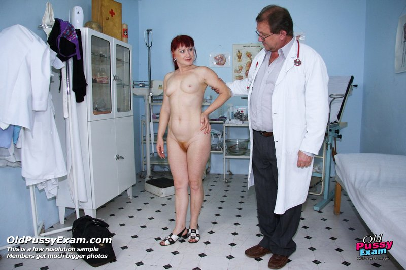 Фото осмотра голых у врача