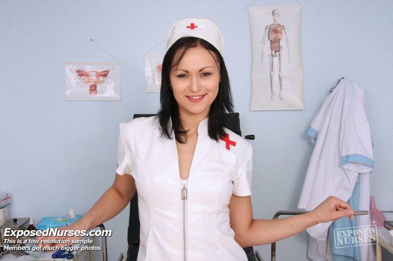 http://www.newexclusiveclub.com/fhg/pavlina_nasty_nurse/gal1/001.jpg